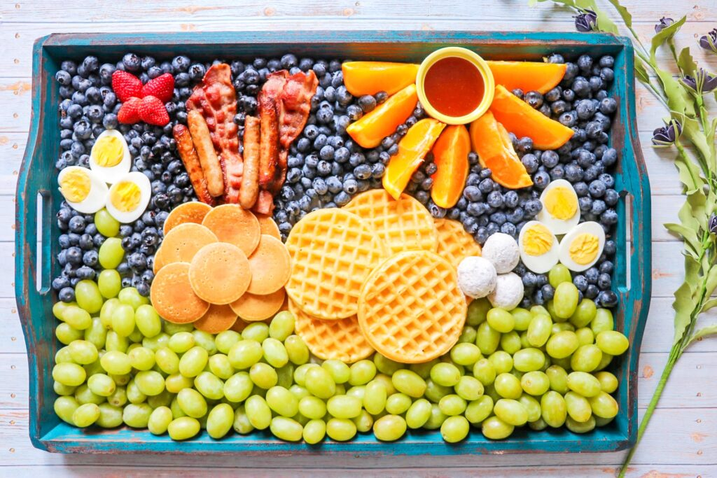 Easter bunny breakfast board