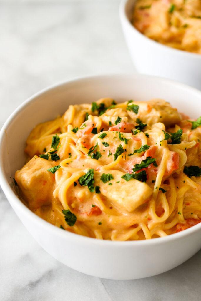 Instant Pot Cheesy Chicken Spaghetti