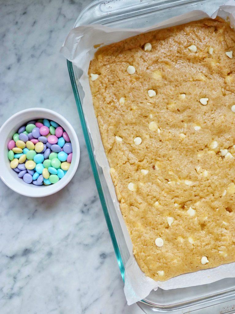 M&M blonde brownies recipe