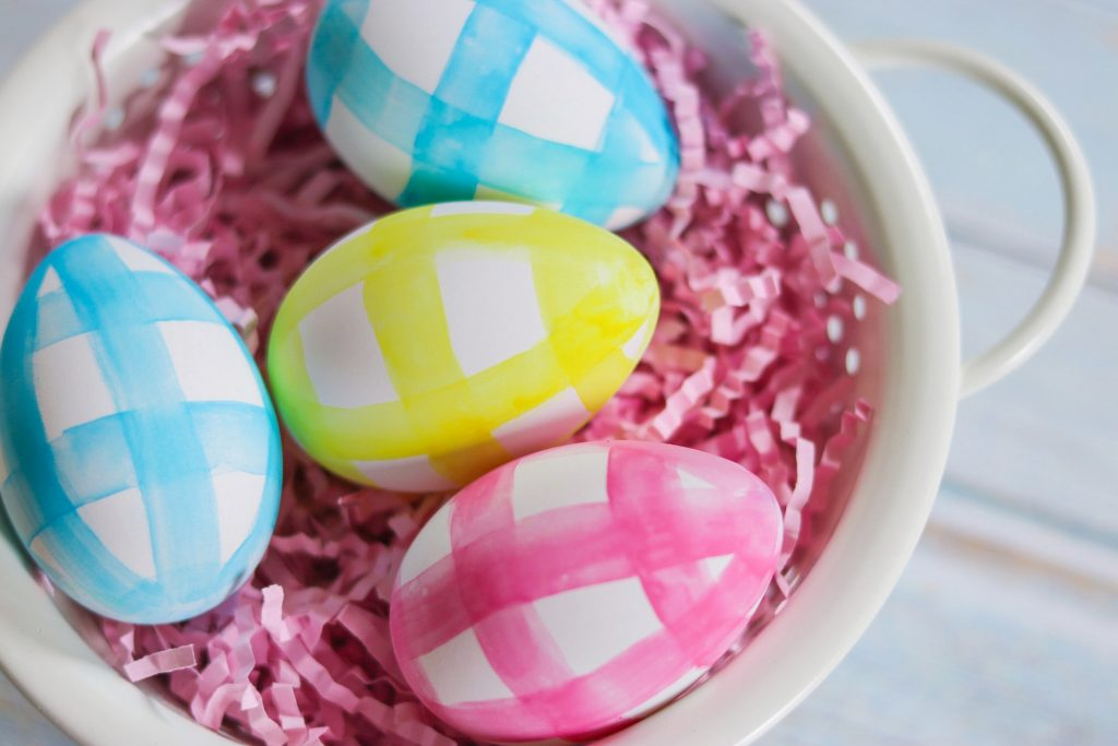 the prettiest easter eggs decorations: watercolor gingham easter eggs