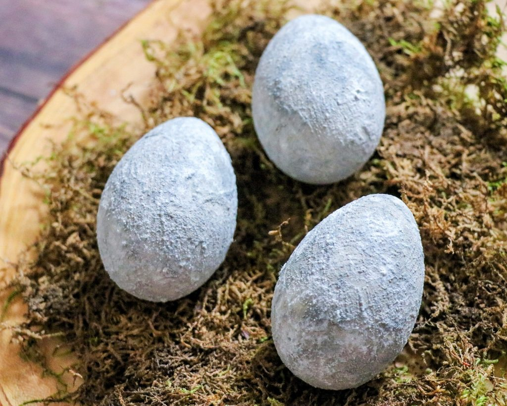 these faux concrete easter eggs are the prettiest easter eggs