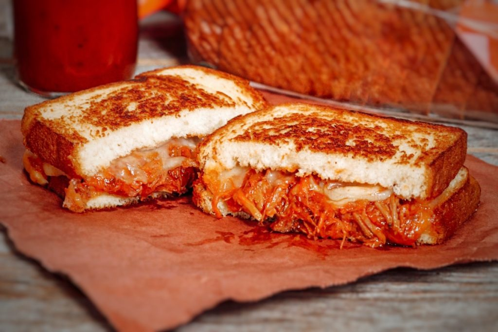grilled cheese pulled pork sandwich