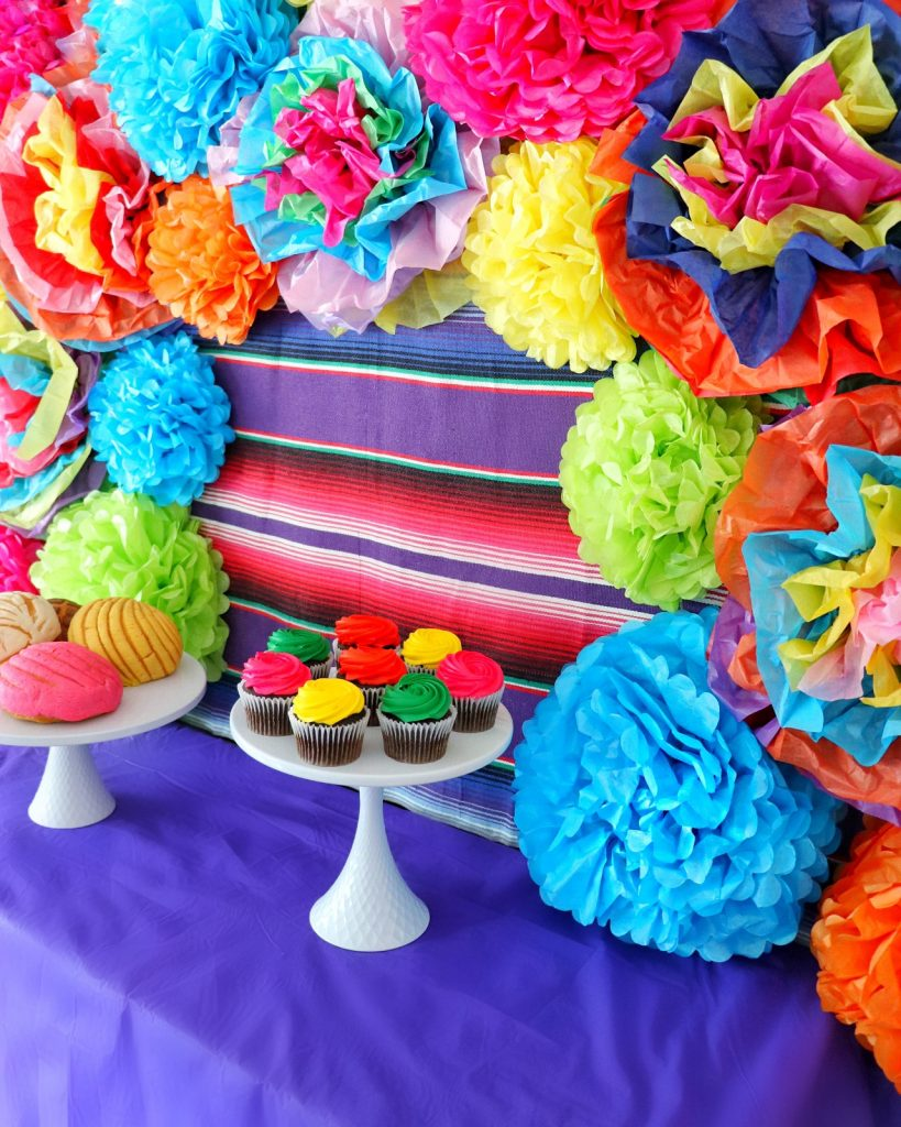 fiesta themed party Cinco de Mayo decorations