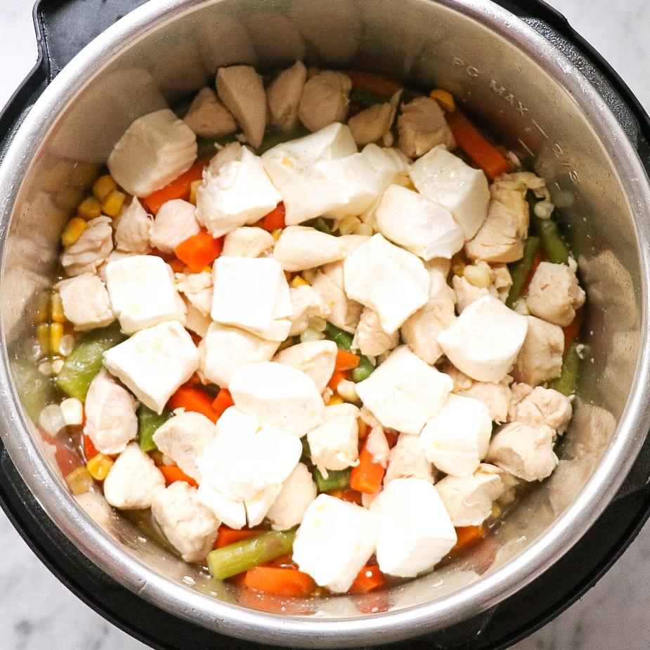 Instant Pot chicken pasta primavera