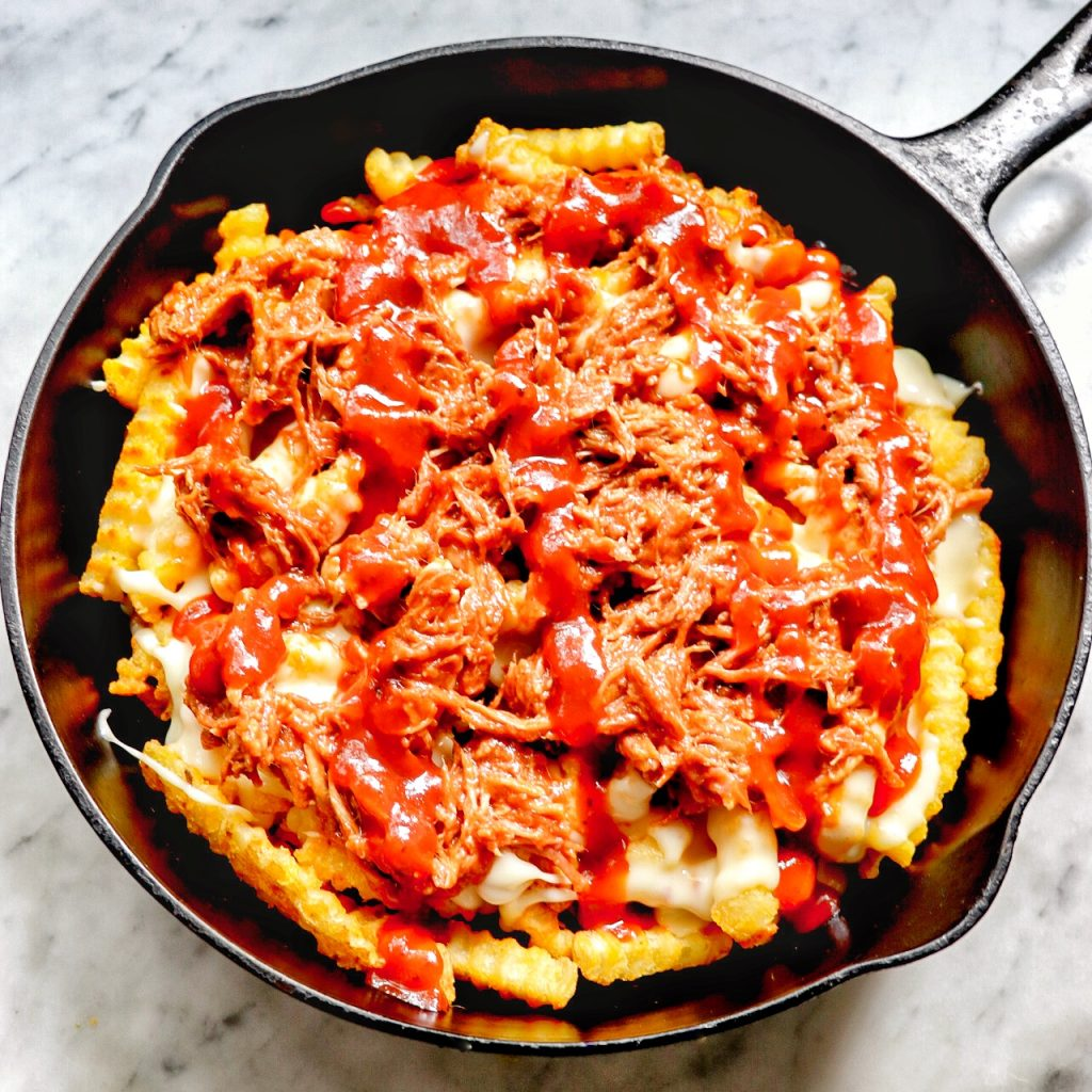 BBQ poutine (poutine with pulled pork)