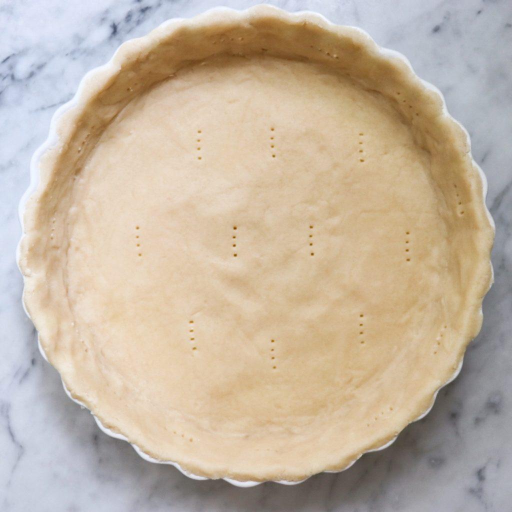 lemon curd tart with shortbread crust