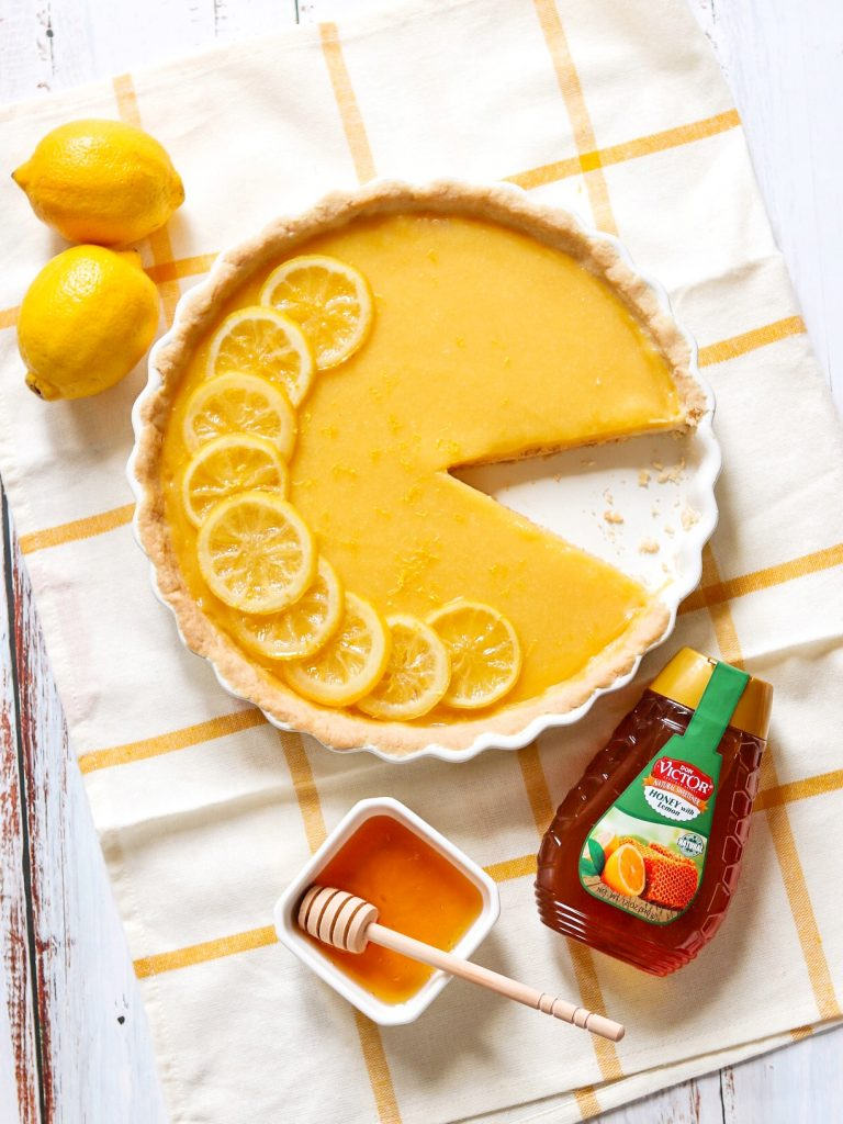 Easy lemon tart recipe: Honey-Lemon Tart with Shortbread Crust