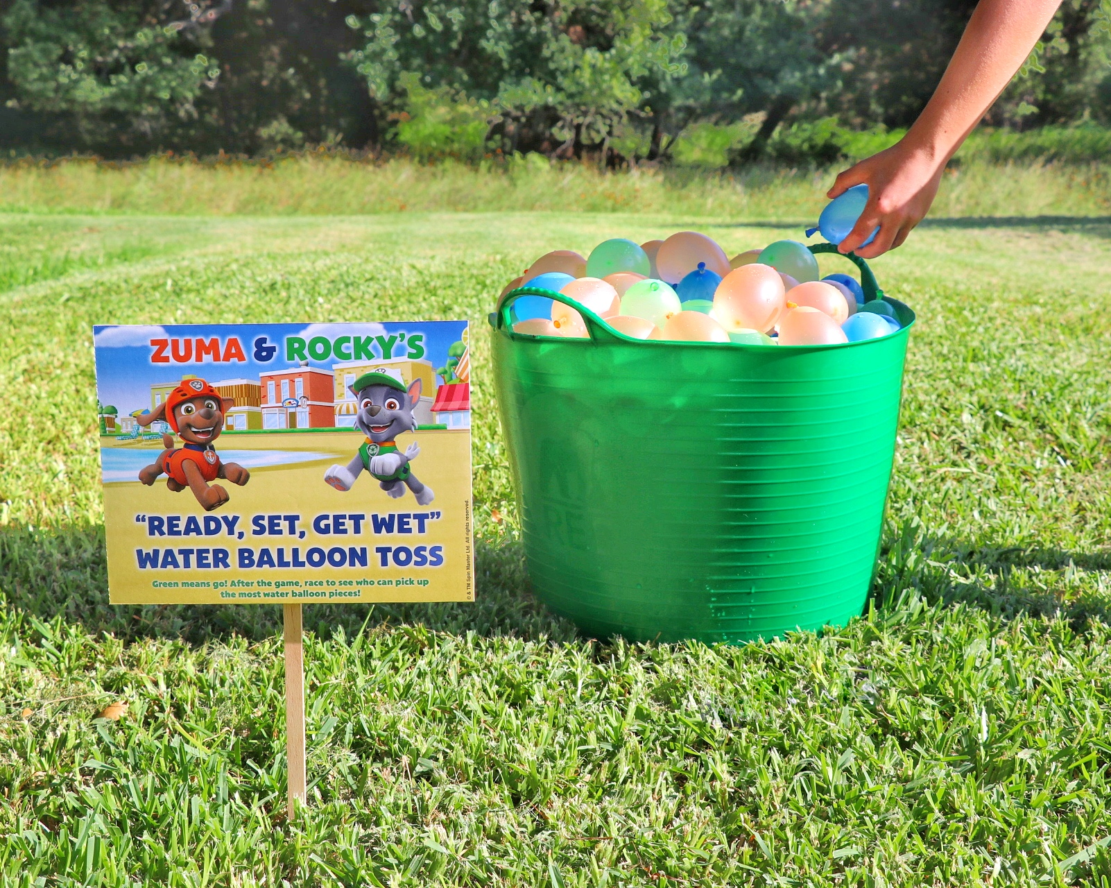 """PAW Patrol birthday party games: Zuma and Rocky's """"Ready, Set, Get Wet"""" Water Balloon Toss Game"""
