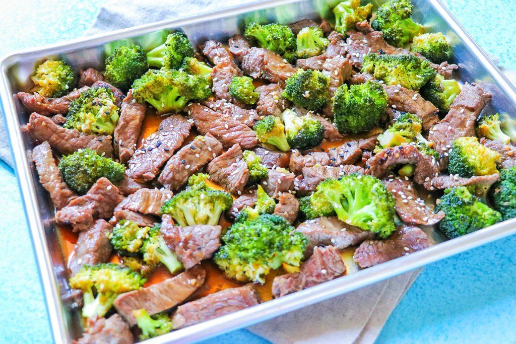 beef and broccoli sheet pan dinner